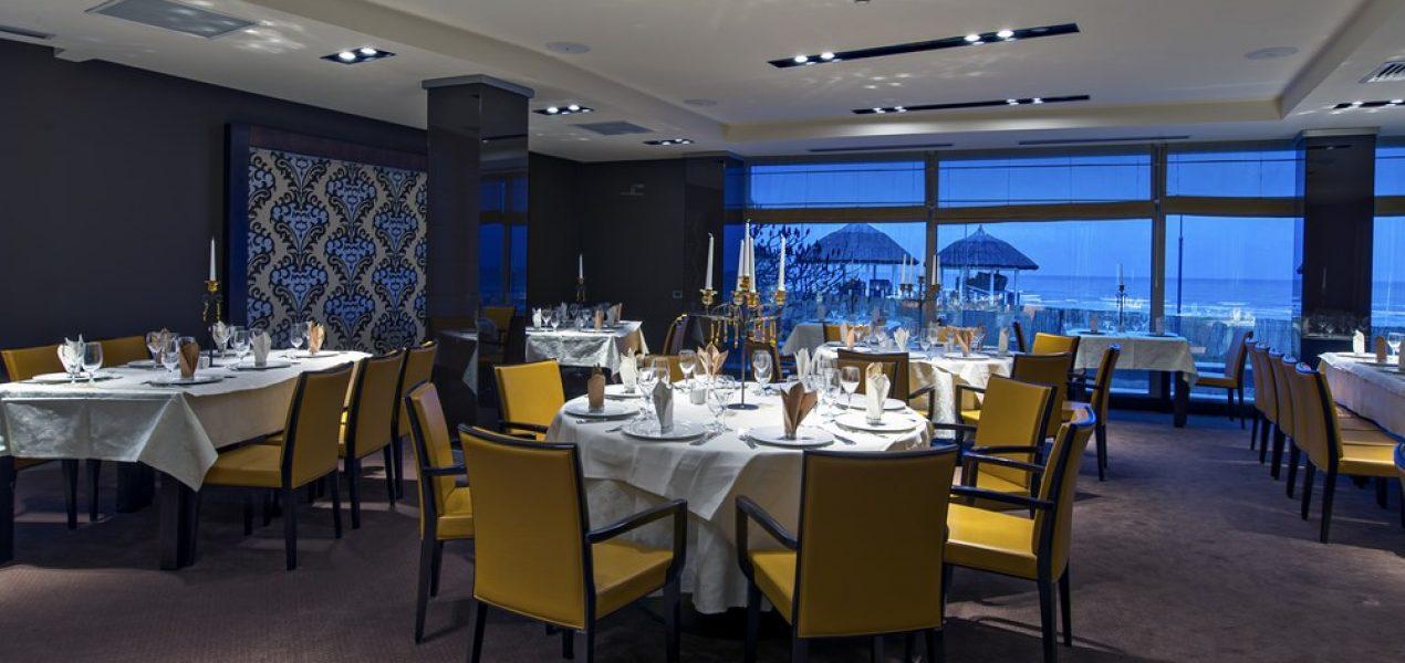 restaurant-akolade-hotel-vega-mamaia